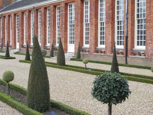 Formal und faszinierend - der Garten von Hampton Court Palace