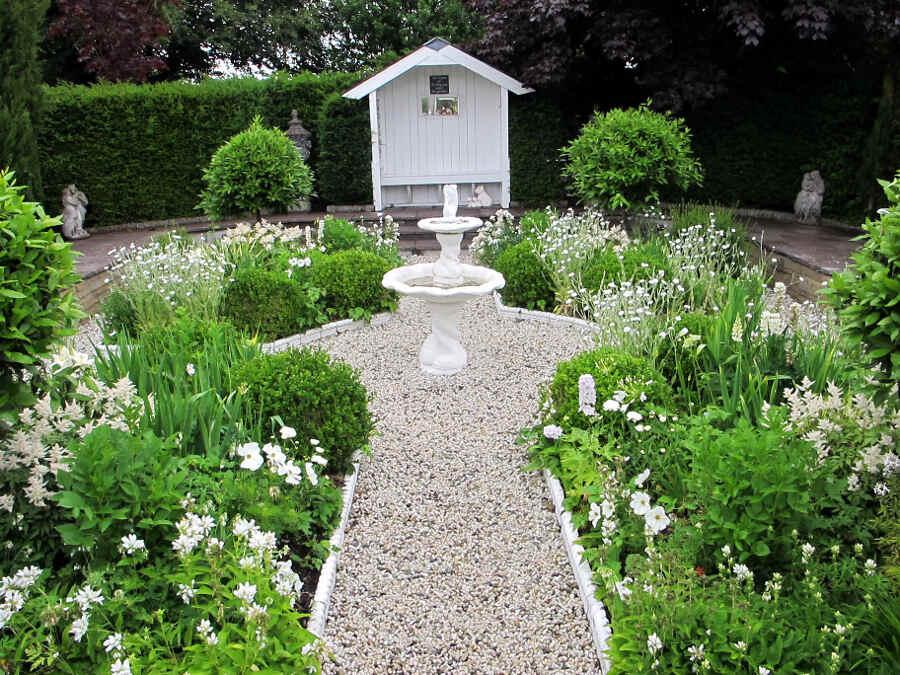 irland tolle g rtner in cork glenview gardens david mary tanner vonreisenundgaerten. Black Bedroom Furniture Sets. Home Design Ideas