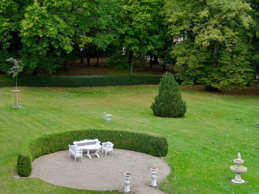 Der Park des Schlosshotels Marihn in Mecklenburg