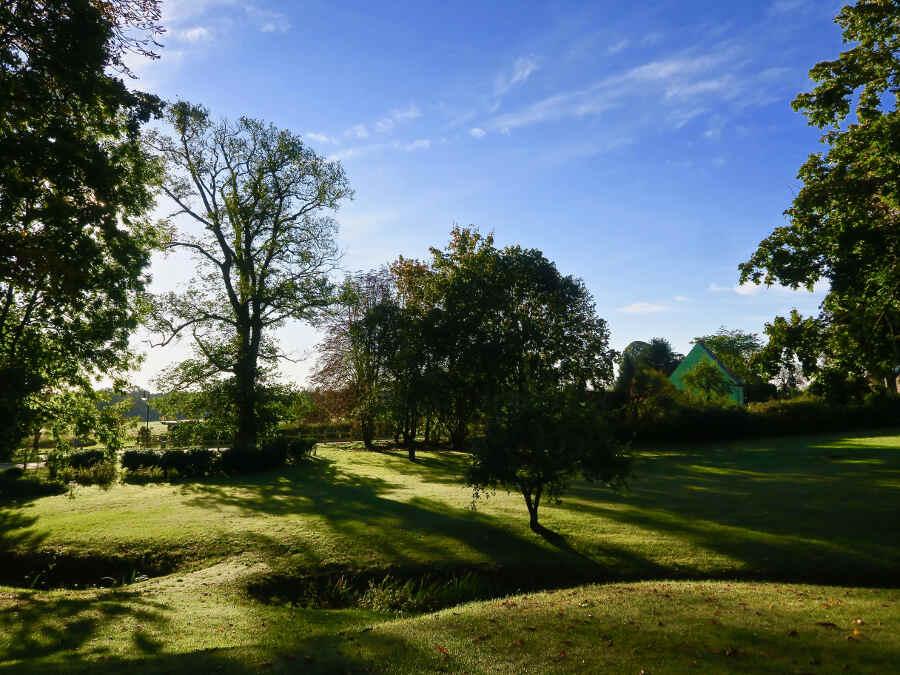 Sanfte Hügel im Gartenhotel Marihn in Mecklenburg